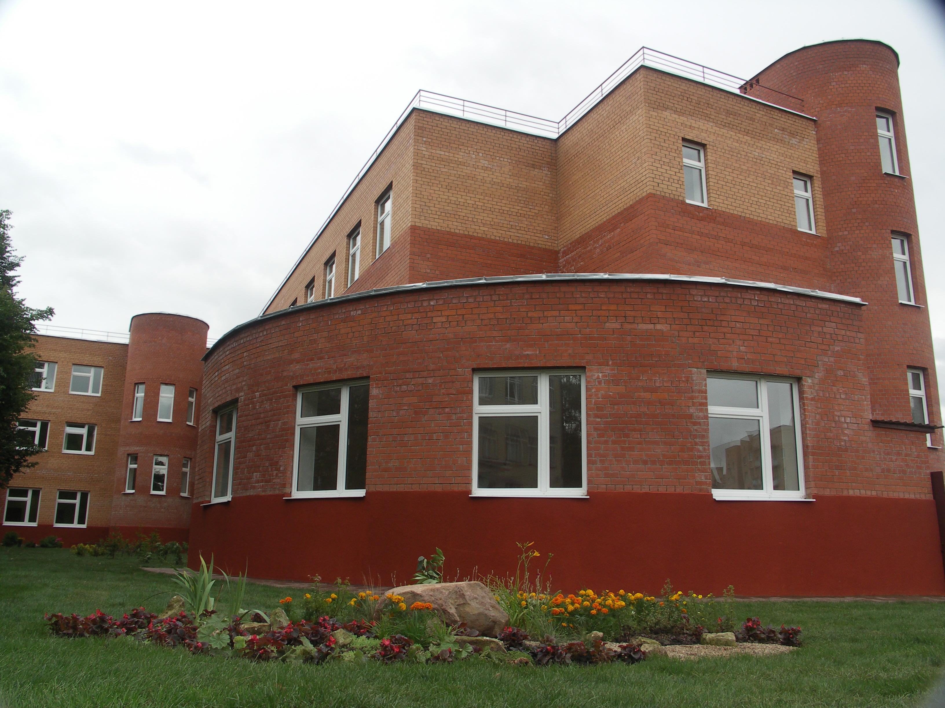 Коттедж площадью 360 кв метров расположен в воскресенское, район ленинский, по шоссе калужское, в 9 км от мкад